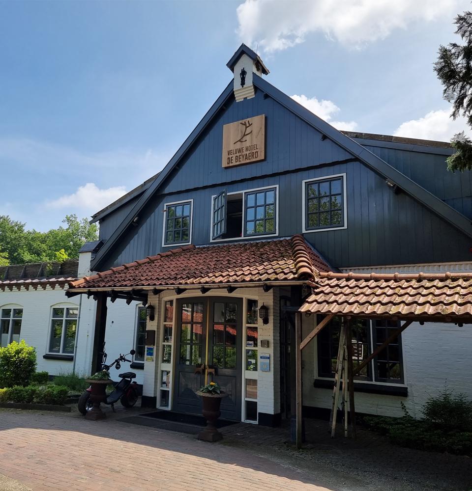 Hotel De Beyaerd (blok).jpg